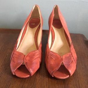 Fye Ada pleat peep toe heels in coral